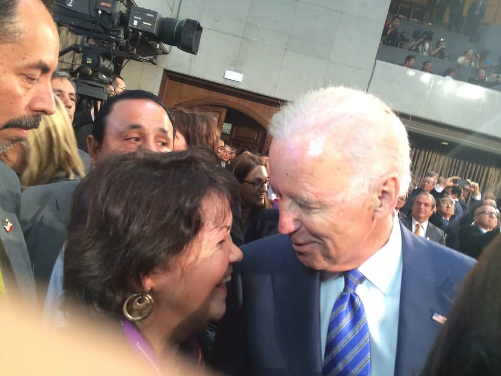 Beatriz Manz (left) with Vice President Joe Biden (right)