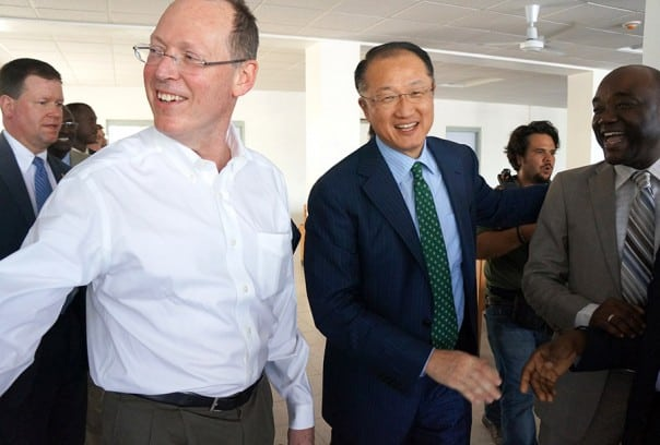 Dr. Paul Farmer (L) and Dr. James Kim (R)