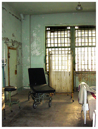 <p>Page 68: Franzel: Hospital Room</p>