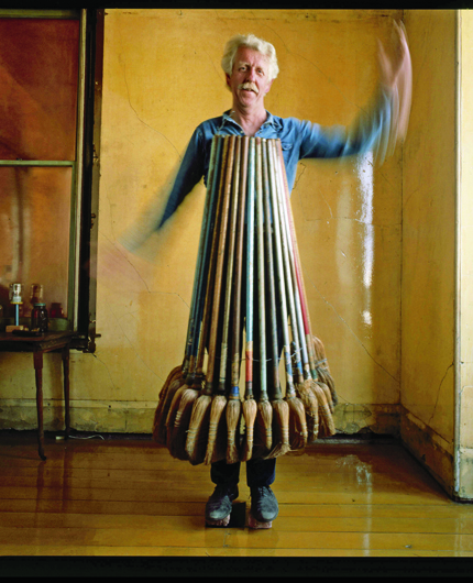 <p>David Ireland with Broom Collection, 1985</p>