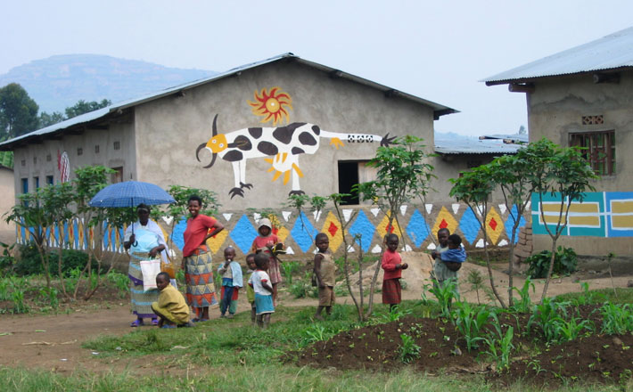 <p>Lily Yeh: <em>The Rwanda Healing Project</em></p>