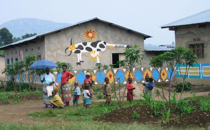 <p>Lily Yeh: <em>The Rwanda Healing Project</em></p>