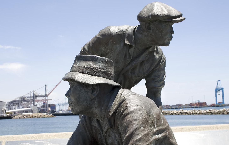 <p>Statue</p>
